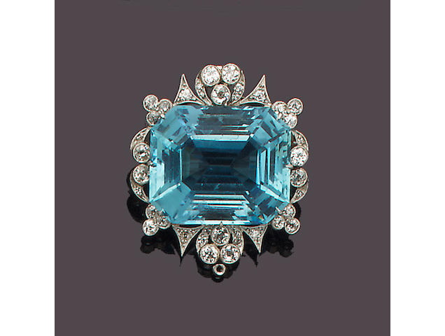 An early 20th century aquamarine and diamond brooch/pendant,