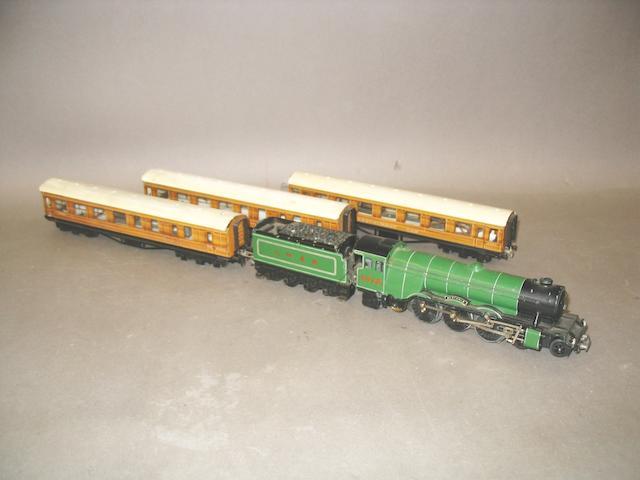 Trix Twin Scotsman and LNER coaches lot