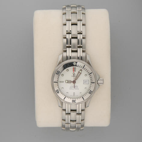 Omega.  A lady's stainless steel wristwatchSeamaster Professional