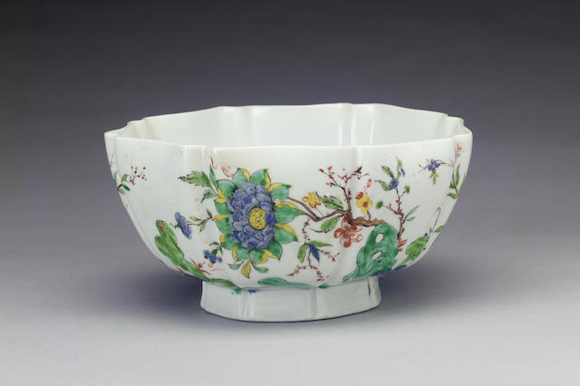 An exceptional early Worcester bowl circa 1752