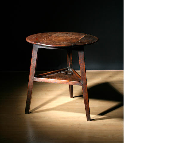 An oak cricket table
