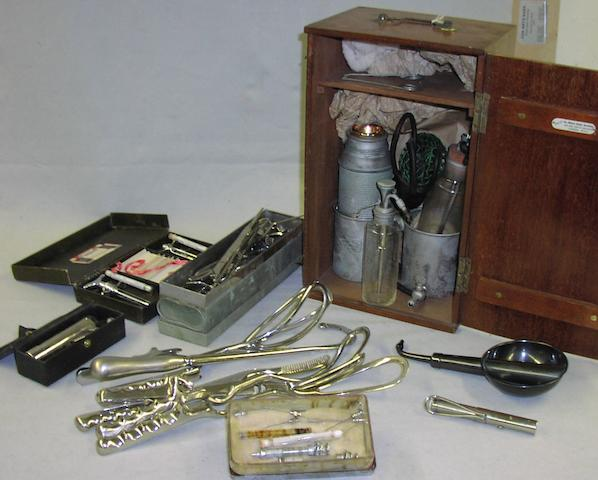 A collection of medical instruments, early 20th century, (qty)