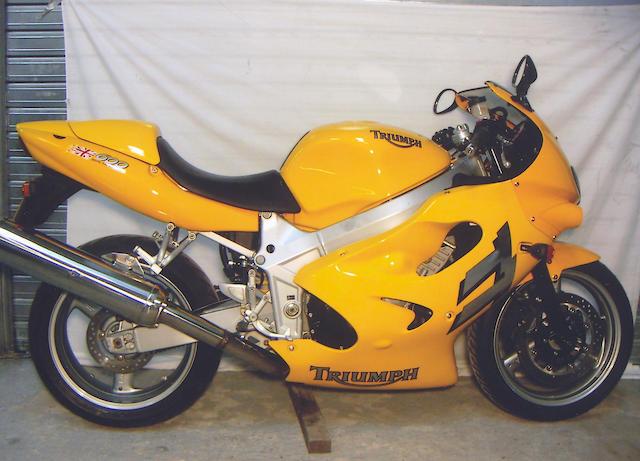 2002 Triumph TT600