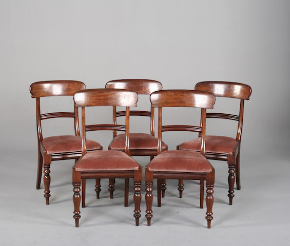 A set of five Victorian mahogany dining chairs. (5)