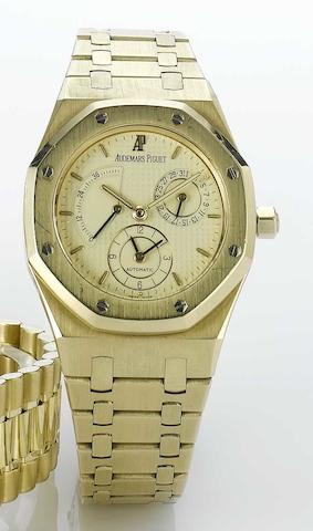 Audemars Piguet. A fine 18ct gold automatic dual time calendar watch with power reserve Royal Oak, Ref:25730BA, Movement No.407968, No.344, Sold 28 March 1997