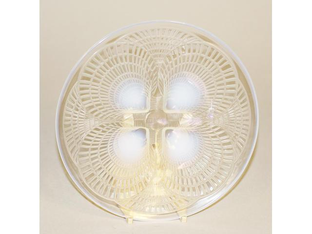 Six Lalique plates 'Coquilles'