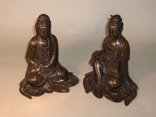A pair of Chinese bronze figures,