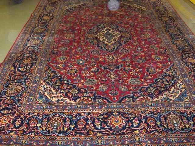 A Kashan carpet Central Persia, 317cm x 220cm