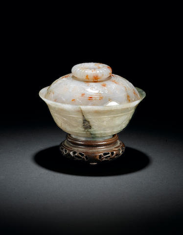 A Mughal-style jade bowl and cover 18th century