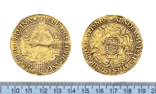 Elizabeth I, 1558-1603, fifth issue (1583-1600), Sovereign, 15.3g, queen enthroned holding orb and s