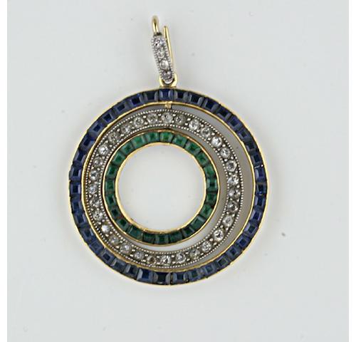 An Edwardian gold mounted sapphire, diamond and emerald pendant