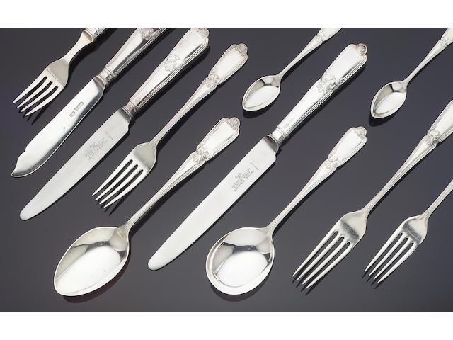 A silver table service of flatware, by Roberts & Belk, Sheffield 1971 / 1972,
