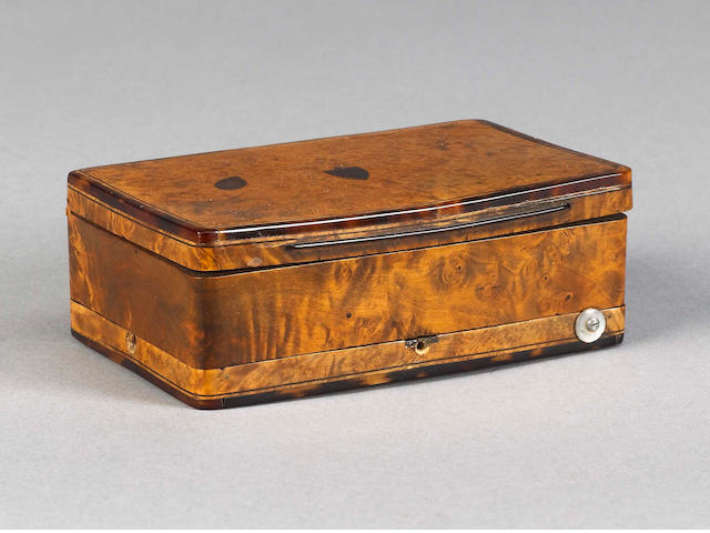 A musical amboyna and tortoiseshell snuff box,  Swiss, circa 1830,