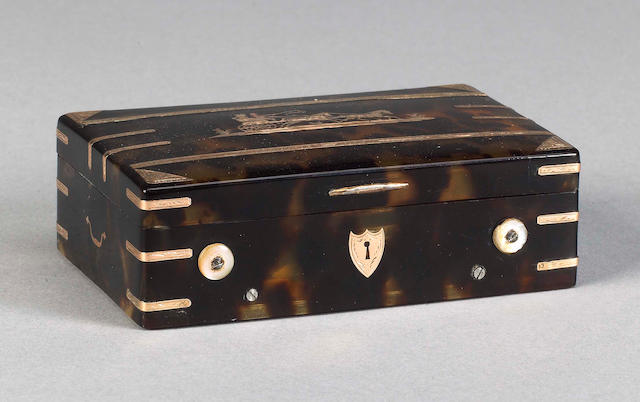 A musical gold and tortoiseshell snuff box, Swiss, circa 1830,