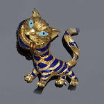An enamel cat brooch, by Kutchinsky