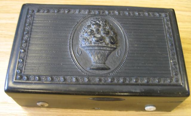 A musical horn snuff box, Swiss, mid 19th century,