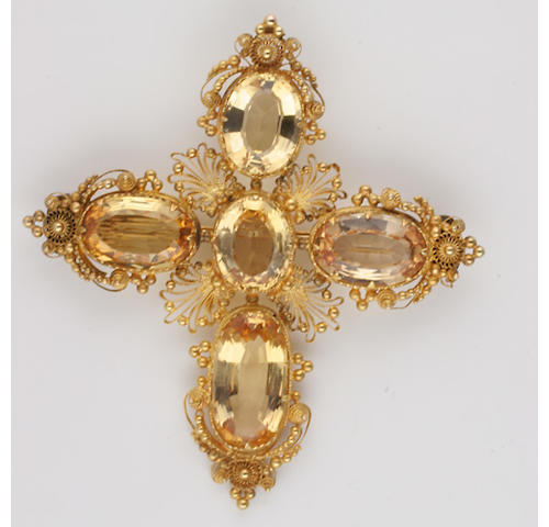 A canetillework topaz brooch,