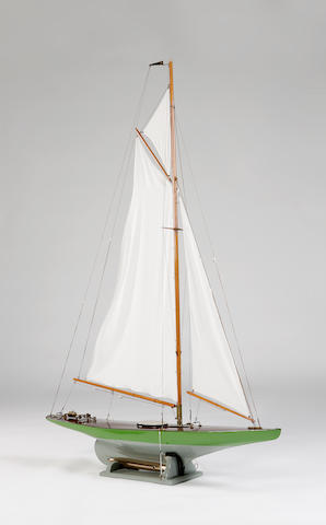 """Spirit of Dunsappie"", A Handicap class racing model pond yacht"
