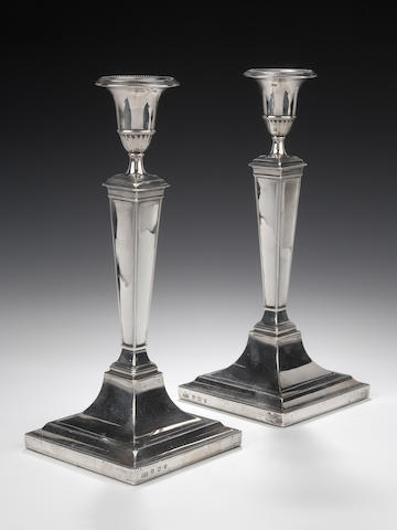 A pair of silver Candlesticks  by Hamilton & Inches, Edinburgh 1918,
