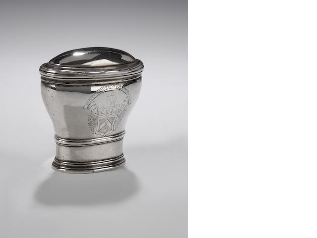 An early 18th century silver Snuff Mull By James Tait, Edinburgh circa 1705, makers mark only,