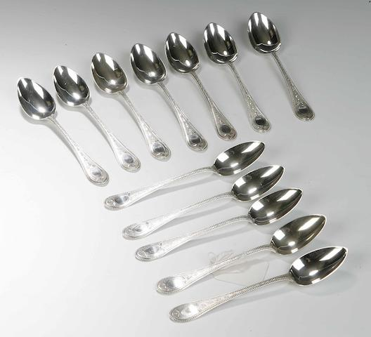 A set of twelve Victorian Teaspoons By Muirhead & Arthur, Glasgow 1866,