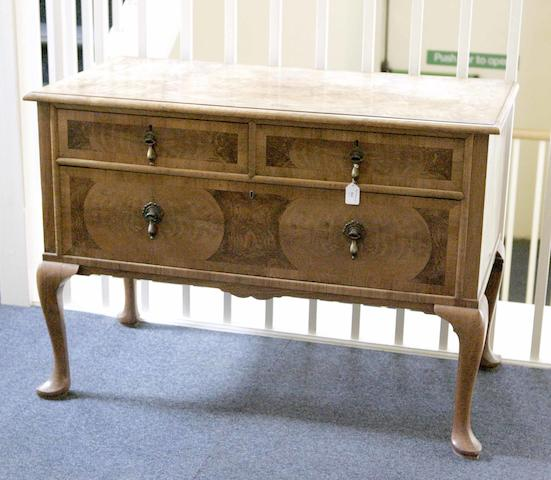 A Whytock and Reid Walnut dressing table
