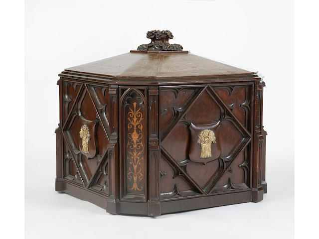 An unusual late Victorian mahogany cellaret