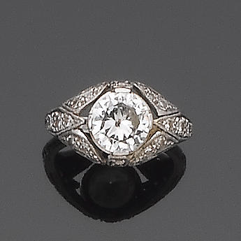 An early 20th century diamond dress ring,