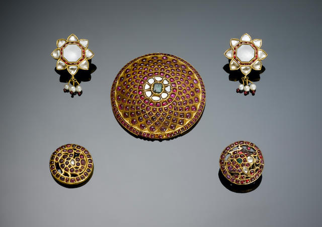 A pair of Indian ruby and diamond-set gold Earrings 19th Century(2)