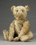 Steiff centre seam Teddy bear, German circa 1909