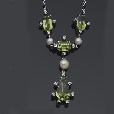 An early 20th century peridot and pearl pendant necklace,