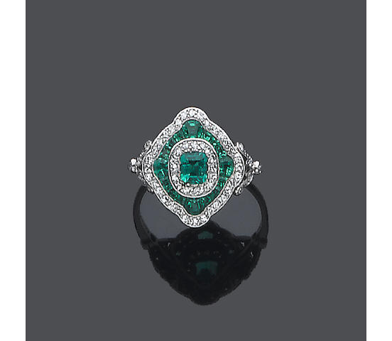 An art deco emerald and diamond plaque ring,