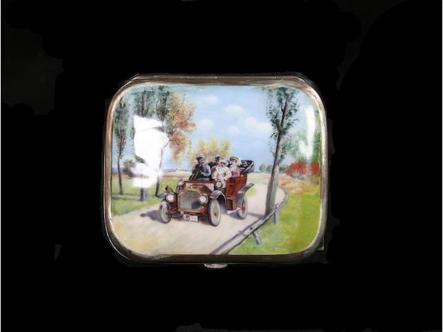 A veteran car cigarette case,