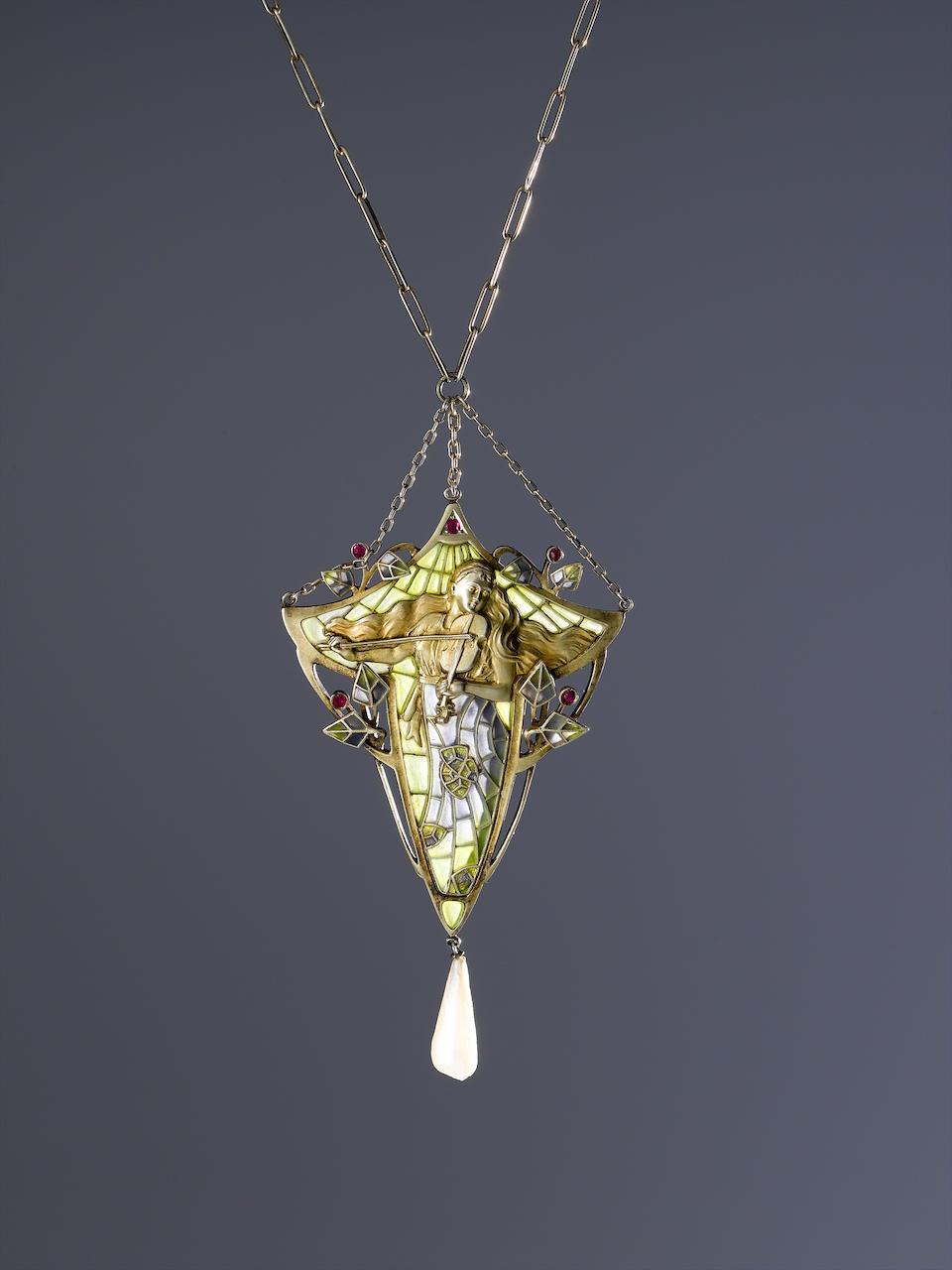 A plique a jour Art Nouveau pendant Unmarked, posssibly French,