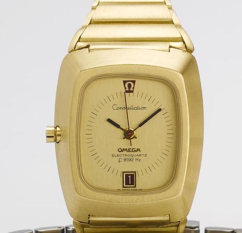 Omega. A fine 18ct gold quartz bracelet watchConstellation Electroquartz, f8192 Hz, 1970's