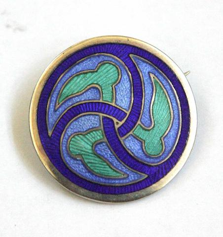 Attributed to Alexander Ritchie of Iona A circular enamelled brooch