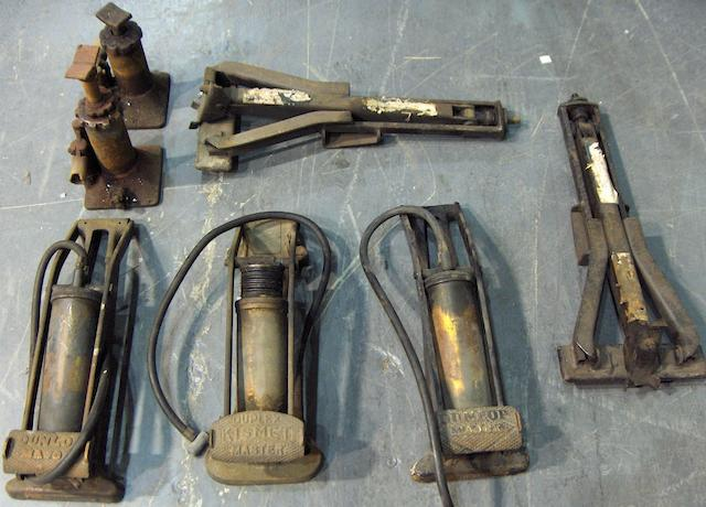 Assorted footpumps,