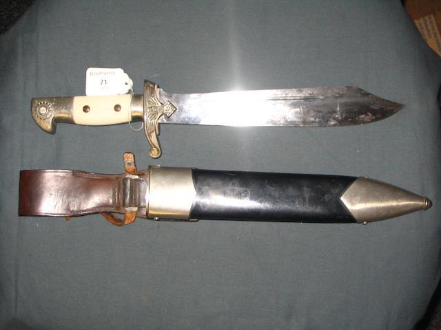 A Third Reich TeNo Man's Dagger.