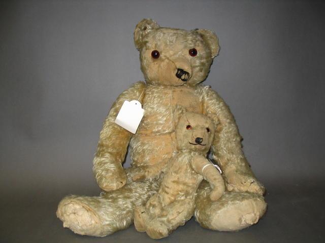 Large Merrythought Teddy bear, English circa 1930 2