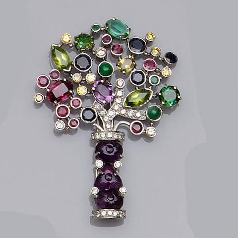 A multi gem set tree clip brooch