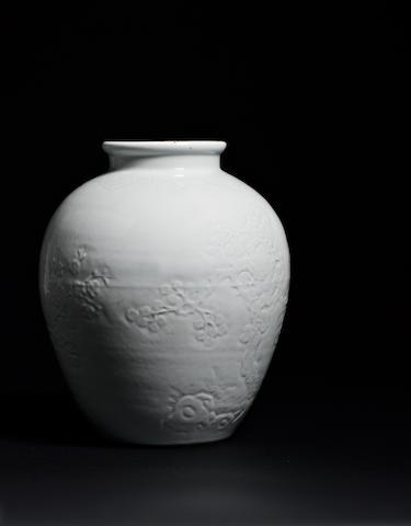 A white glazed 'san you' vase 18th century