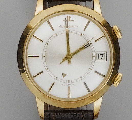 Jaeger Le Coultre. An 18ct gold centre seconds calendar alarm wristwatchMemovox, 1960's
