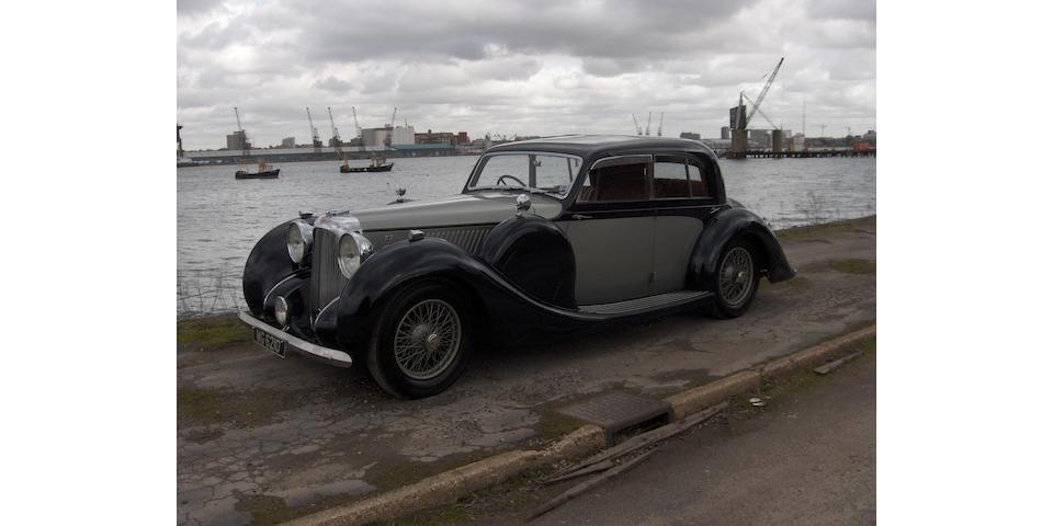 1938 Lagonda V12 Saloon De Ville 14060