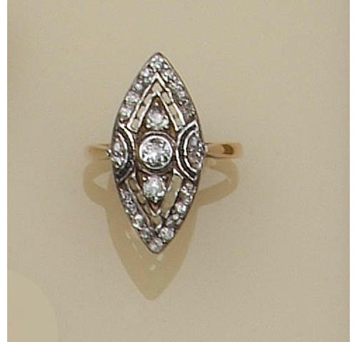Assorted dress rings,
