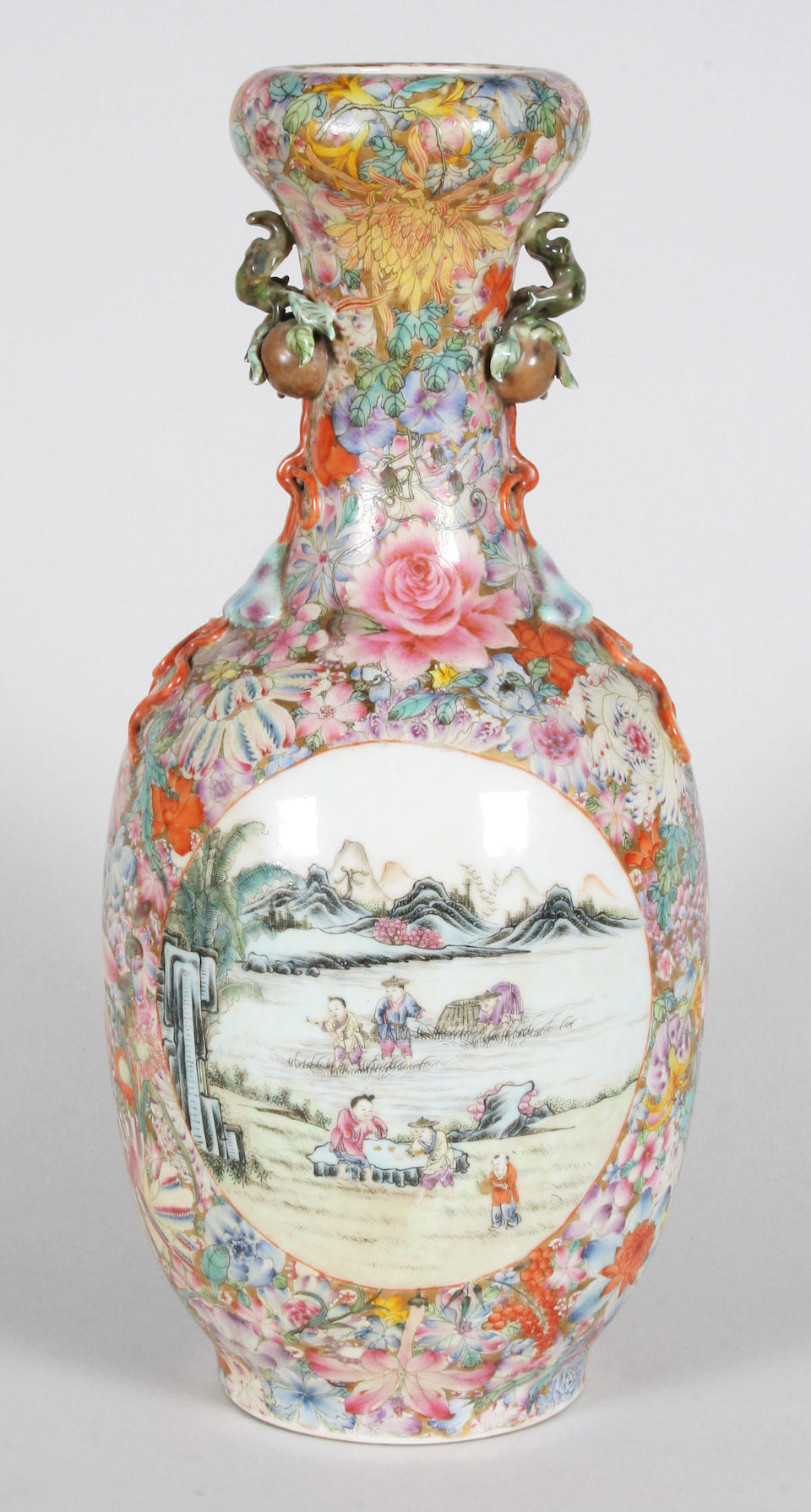 A Chinese export vase