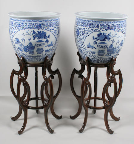 A pair of Chinese blue and white fish bowls