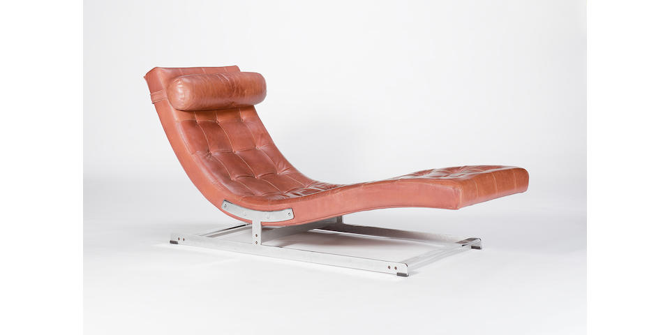 Richard Young for Merrow Associates a chaise longue