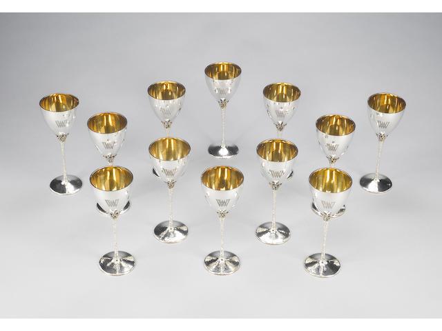STUART DEVLIN : Twelve silver and silver-gilt goblets, London 1973,  (12)
