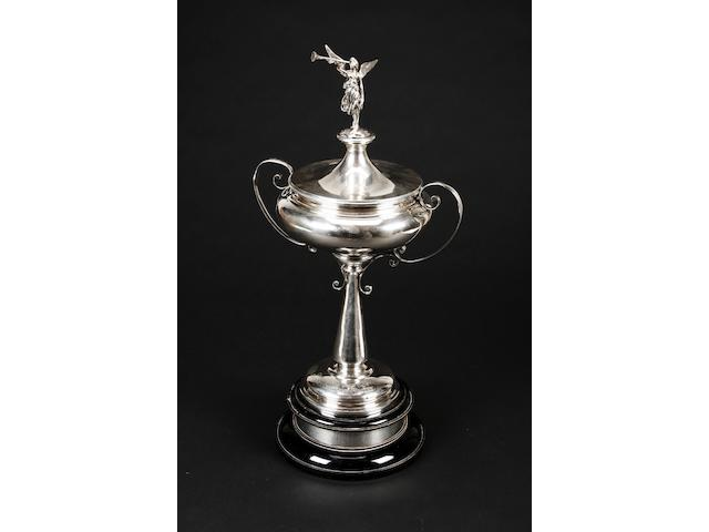 A two handled trophy cup by Walker & Hall, Sheffield 1922