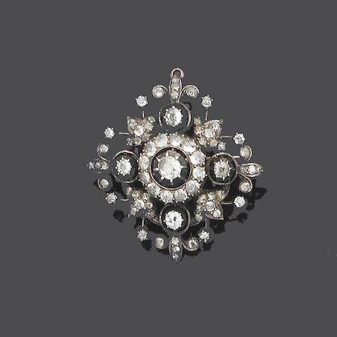 A late 19th century diamond brooch/pendant,